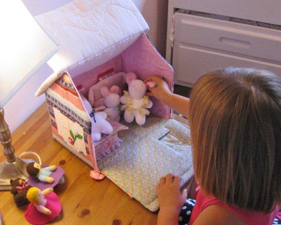 Домик для куклы своими руками сшить